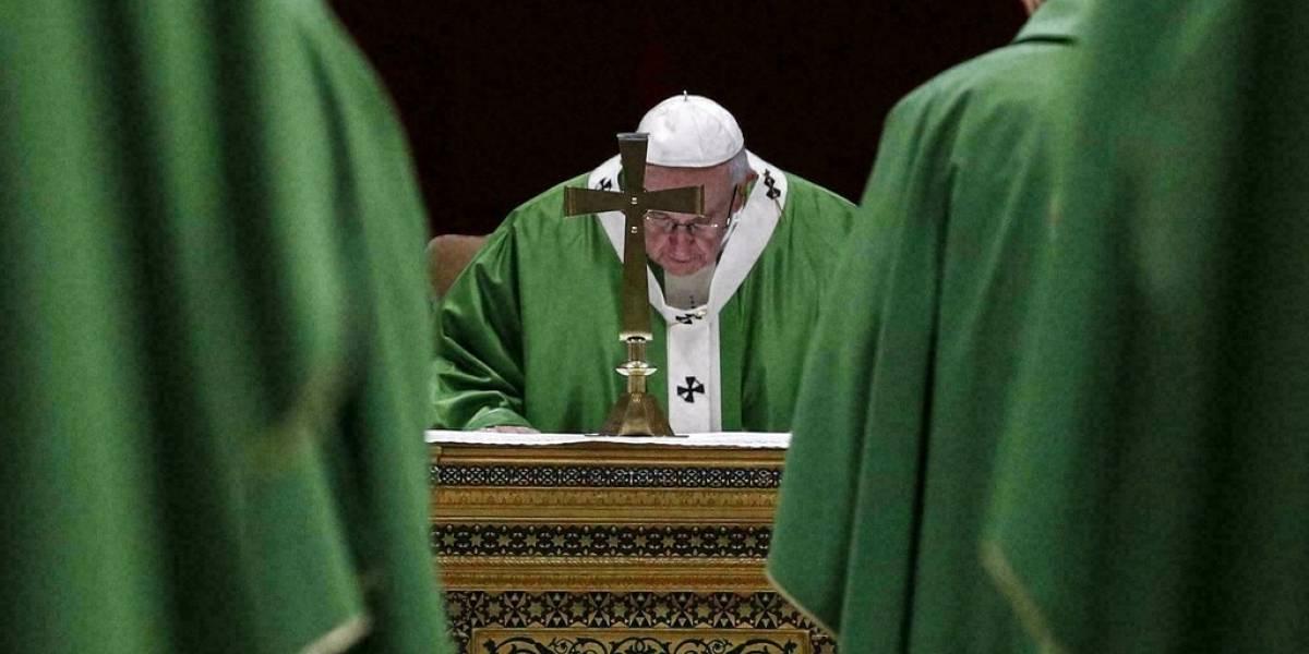 Con la cara llena de vergüenza el papa revela la complicidad de la Iglesia con el régimen nazi