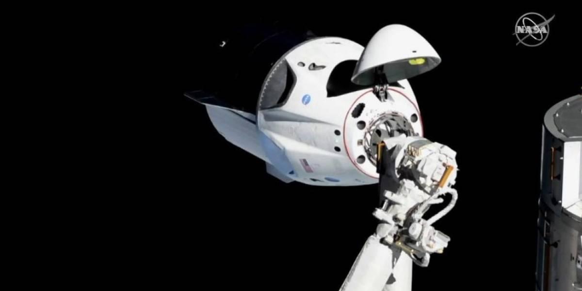 Triunfo da engenharia: Crew Dragon da NASA se conecta com sucesso à Estação Espacial
