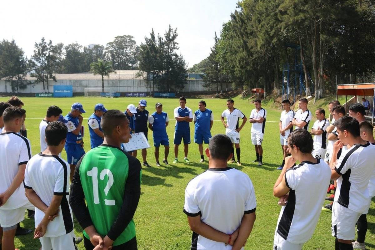 Guatemala lista para el partido ante El Salvador