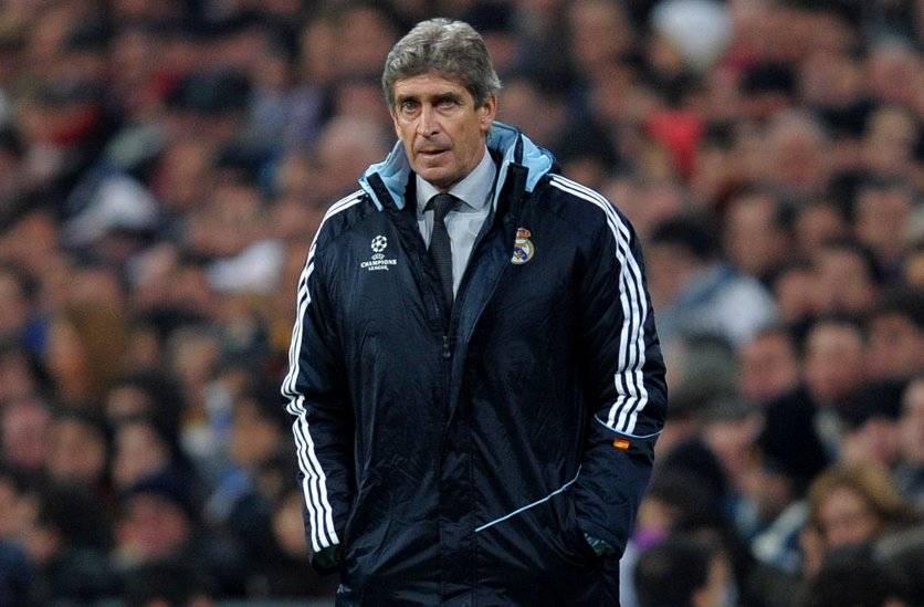 La eliminación en los octavos de final de la Champions League 2009-2010 le costó caro a Manuel Pellegrini en el Real Madrid / Foto: Getty Images