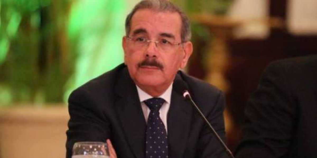 El presidente Medina lamenta la muerte del cantautor Anthony Ríos