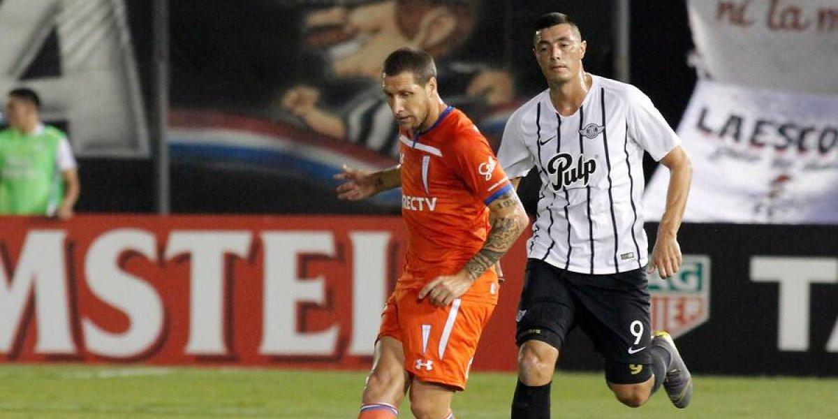 Así vivimos la dolorosa goleada que recibió la UC ante Libertad en su debut en la Libertadores