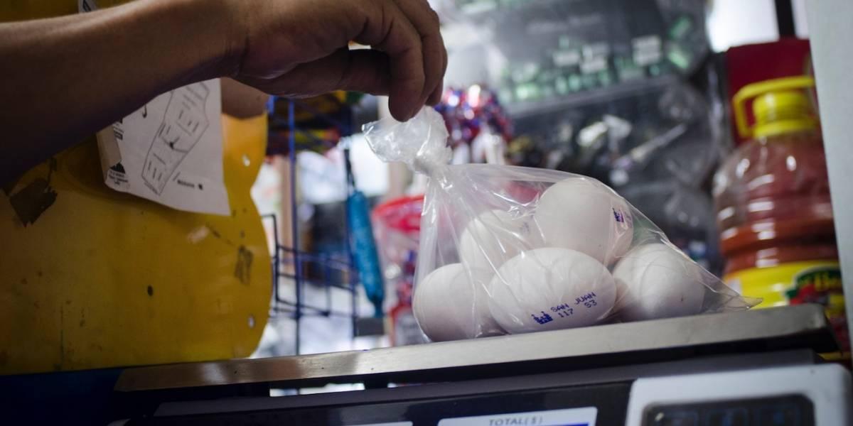 Hasta 40% de mexicanos compra alimentos fiados