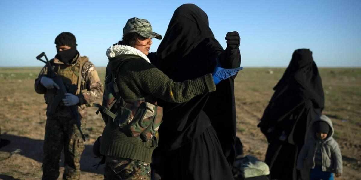 'ISIS seguirá vivo y crecerá': civiles dejan último enclave terrorista