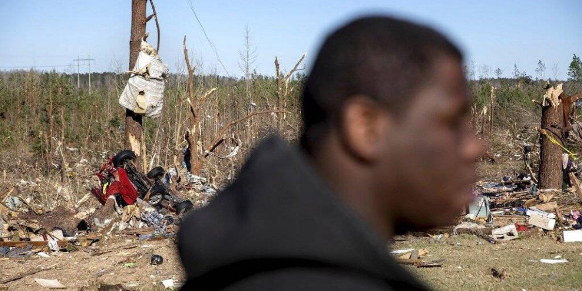 Tornado mata a diez miembros de una familia en Alabama