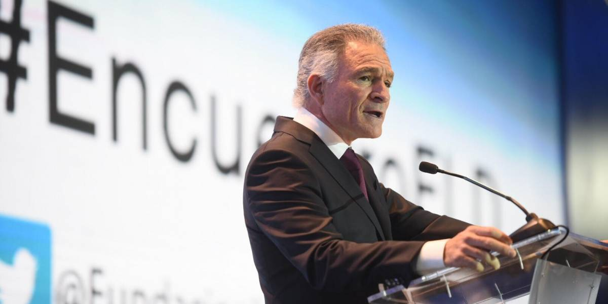 """Dionisio Gutiérrez critica gobierno de Jimmy Morales: """"Faltan 10 meses para que esta pesadilla termine"""""""