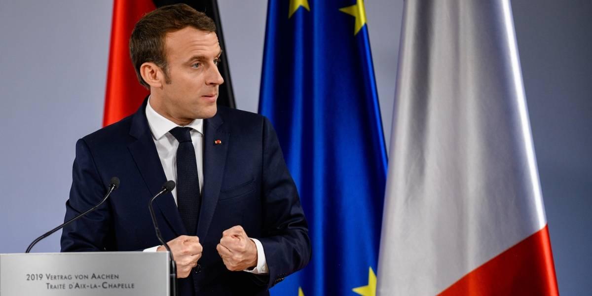"""Emmanuel Macron pide """"renacimiento de la UE"""""""