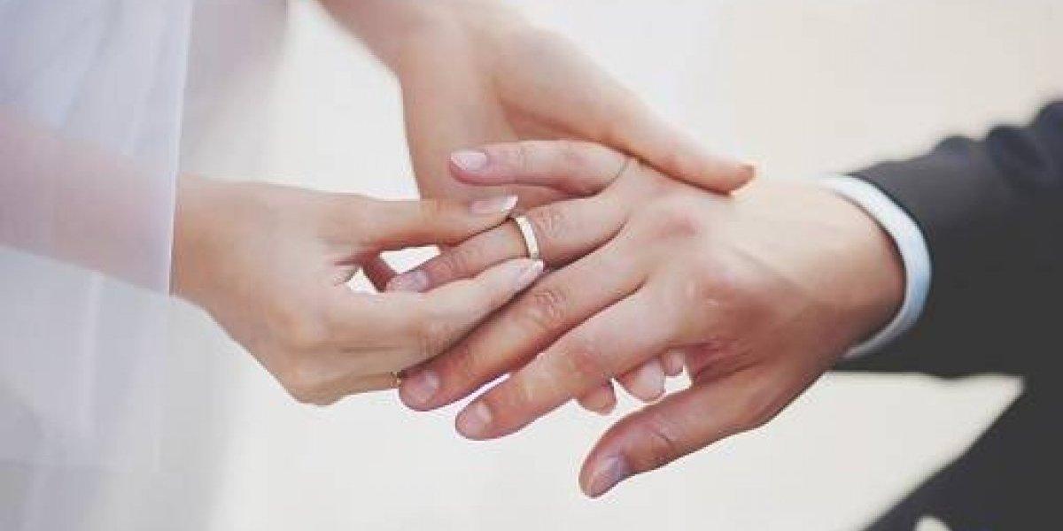 Padre ofrece USD 300 000 para quién desee casarse con su hija