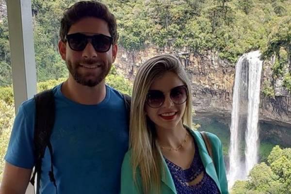 Matrimonio Por Accidente : Fingió su muerte para pedirle matrimonio a su novia nueva mujer