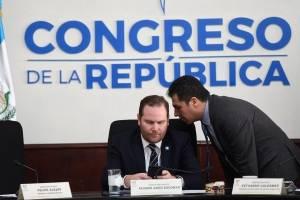 Interpelan al Contralor interino en el Congreso