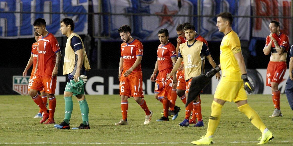 La UC sufrió su segunda peor caída del siglo en la Libertadores tras ser goleada por Libertad