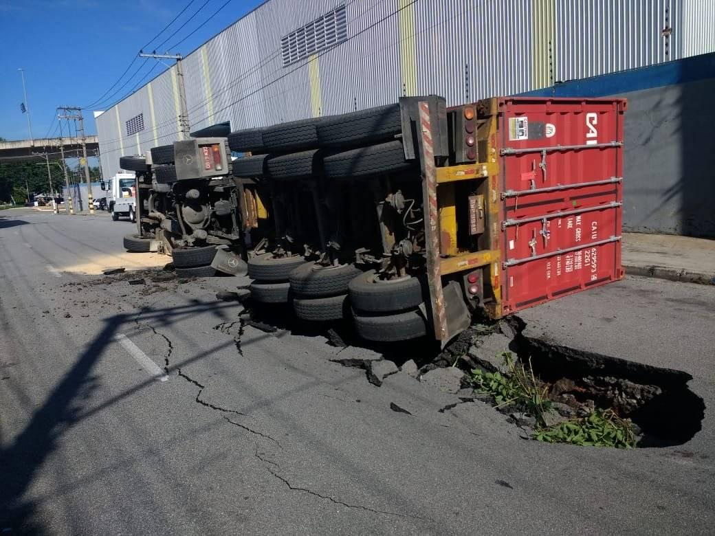 Buraco caminhão