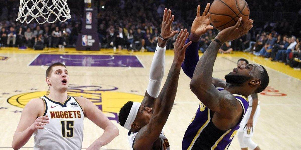 LeBron supera a Michael Jordan en derrota de los Lakers