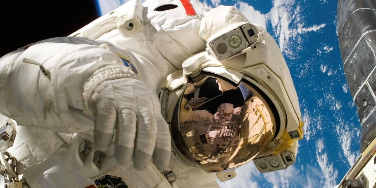 La NASA anuncia la primera caminata espacial de mujeres astronautas