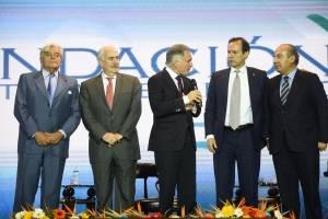 Dionisio Gutiérrez con expresidentes latinoamericanos
