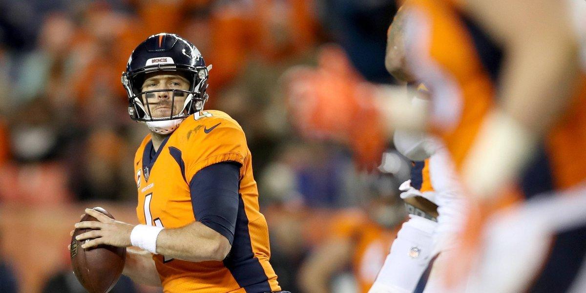 Redskins y Broncos acuerdan intercambio del quarterback Case Keenum