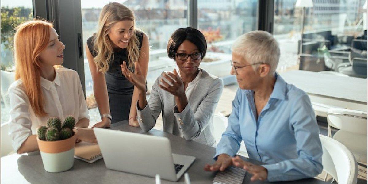 Mujeres necesitan trabajar 47 días más que los hombres para ganar lo mismo que ellos