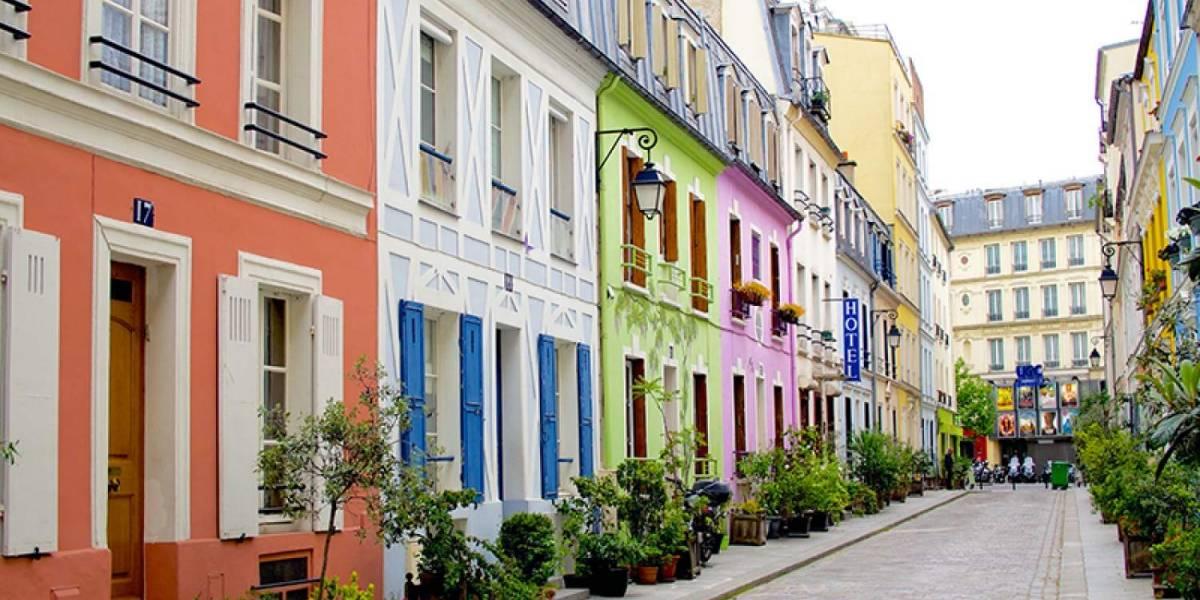 Vecinos de vistosa calle en París piden cercarla por culpa de gente que se saca fotos para Instagram