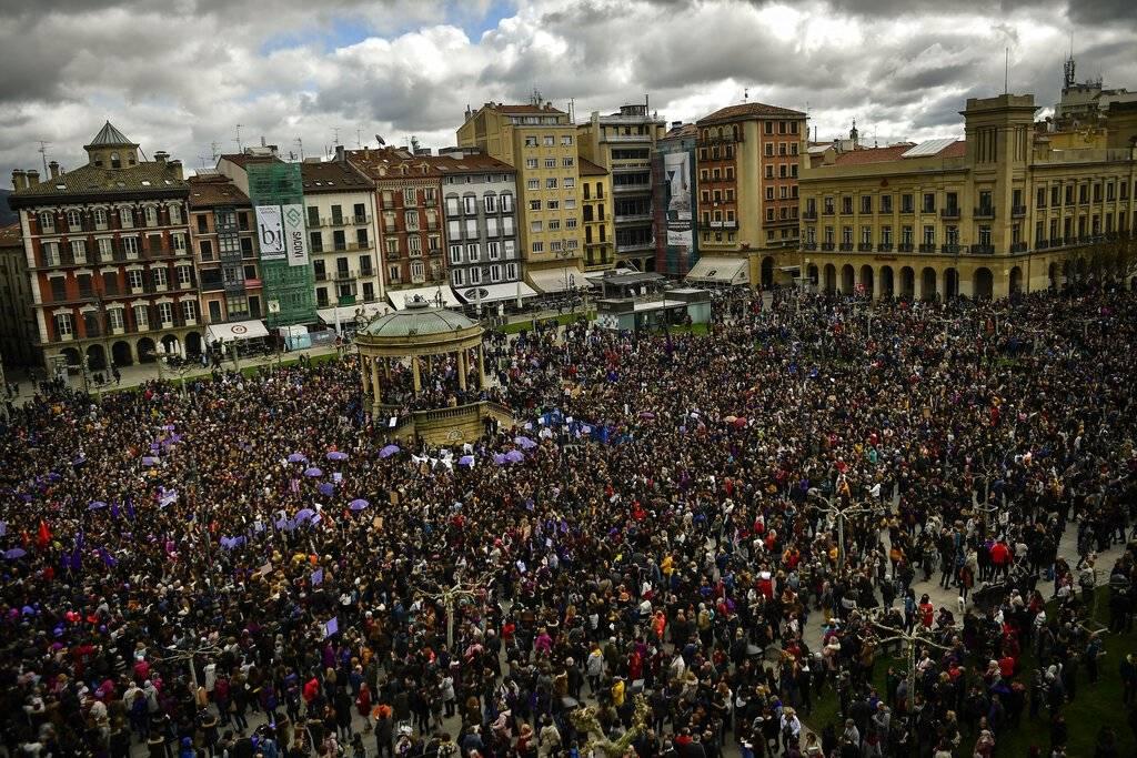 Manifestación de mujeres en España