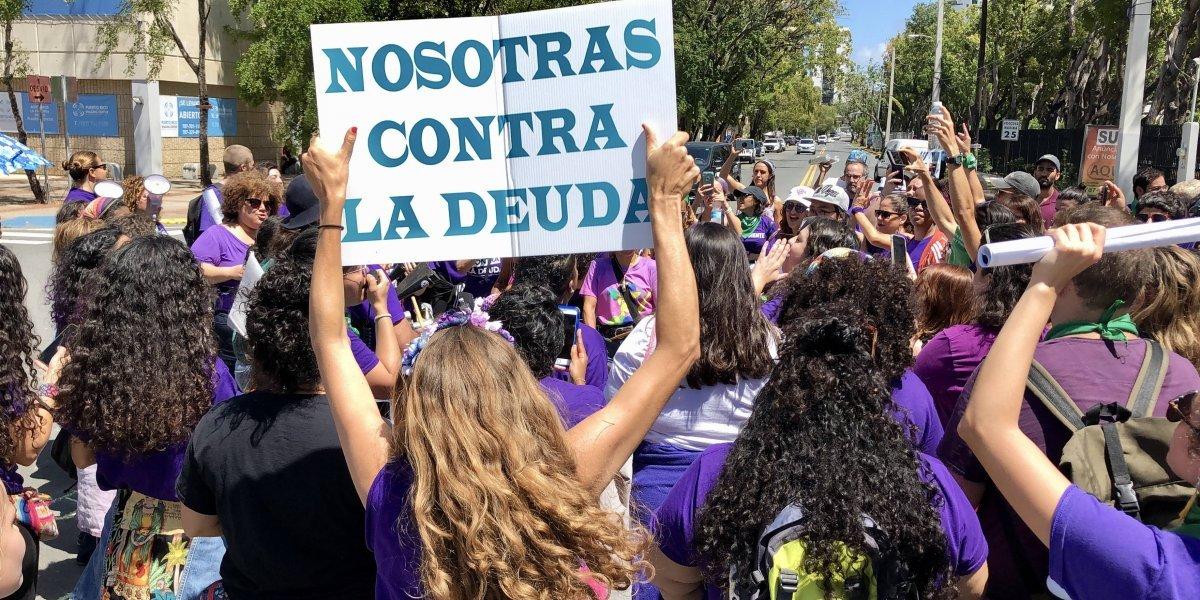 """Mujeres reclaman las """"deudas pendientes del Estado"""""""