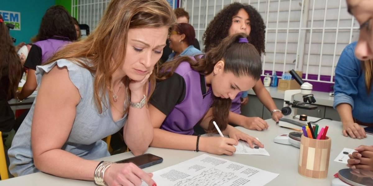 Escuela pública en Bayamón inaugura primer salón laboratorio STEM en la isla