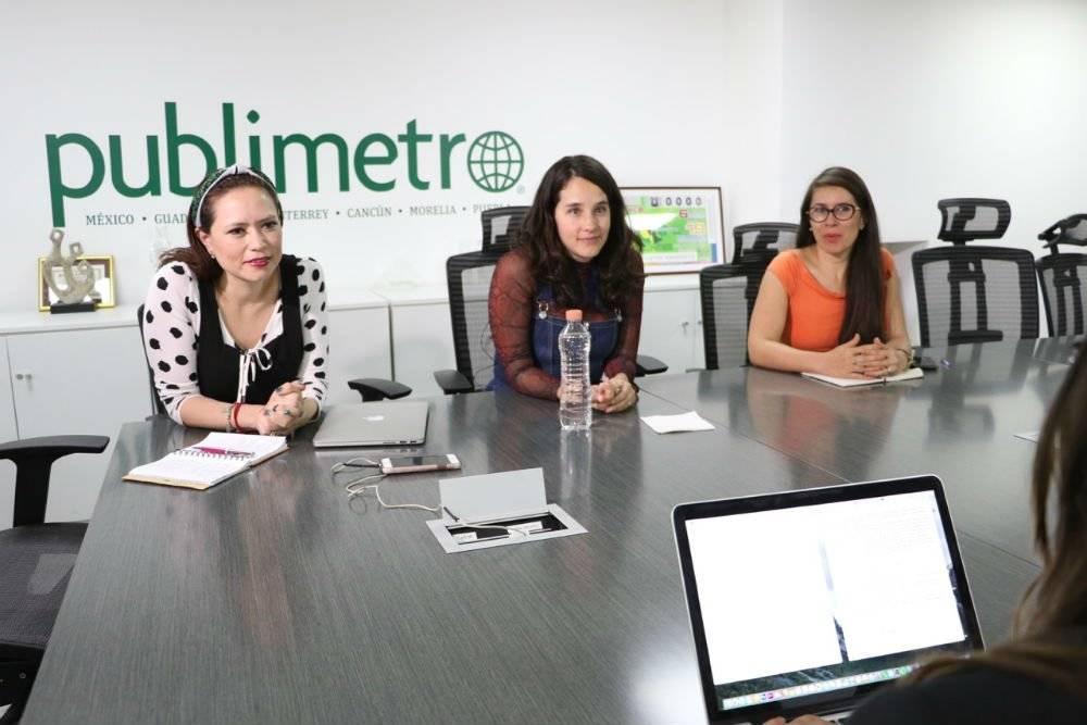 Ximena Sariñana durante la junta editorial con el equipo de Publimetro Foto: Cuartoscuro