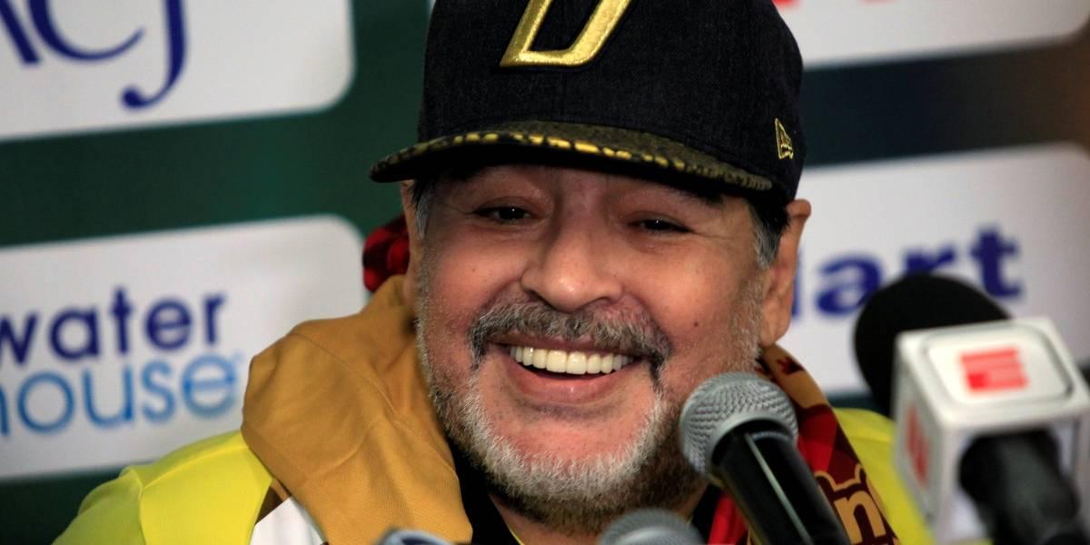 Maradona se demite do Dorados por problemas de saúde