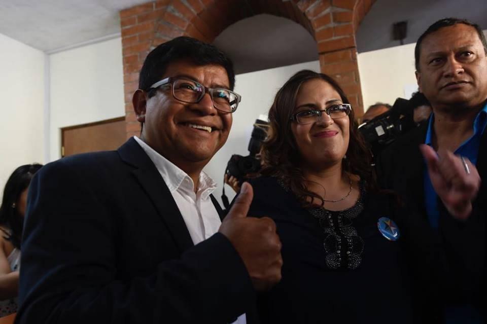 Binomio de Convergencia acude al TSE. Foto: Omar Solís