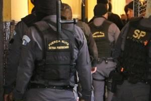 Elementos de seguridad del Sistema Penitenciario.