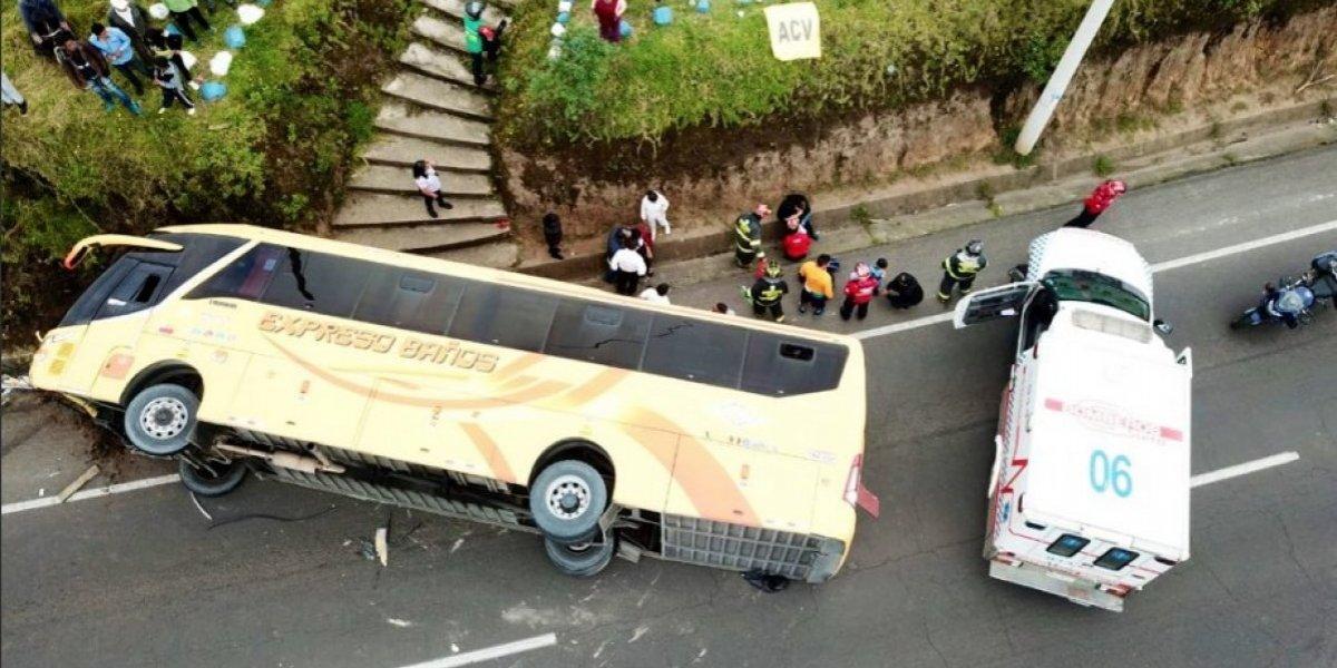 Pichincha: Bus de pasajeros se accidentó en Av. Pedro Vicente Maldonado