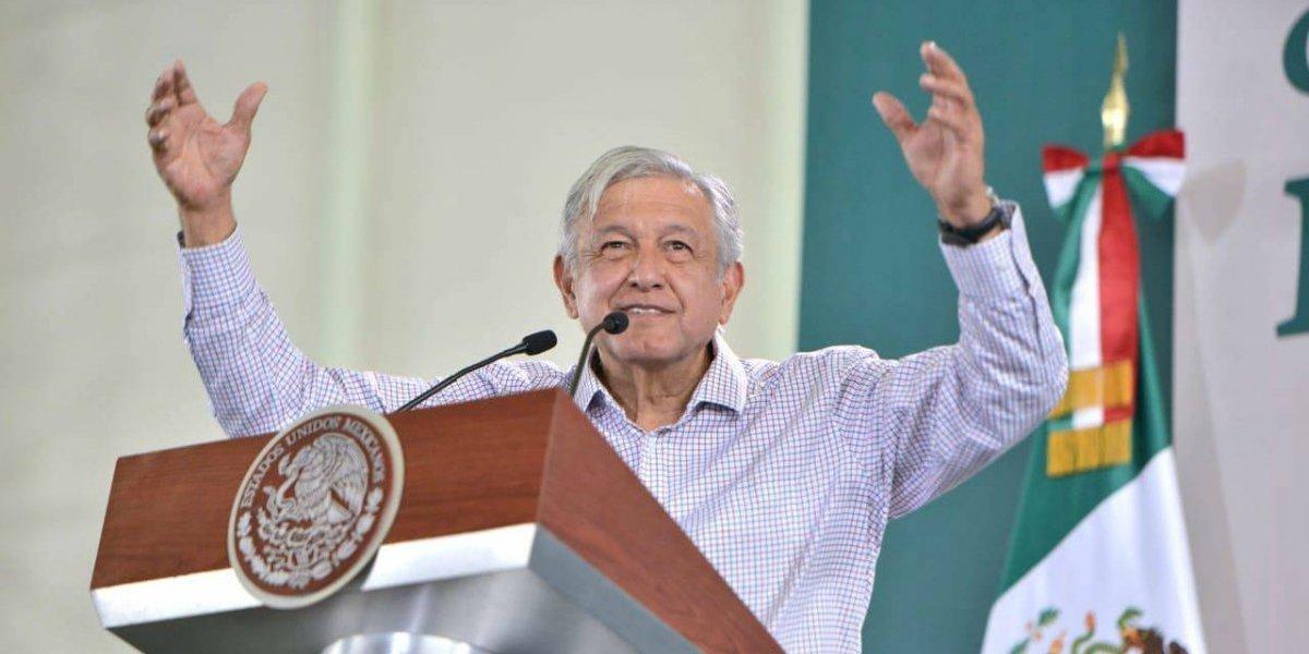 Elecciones limpias, libres y nada de fraude, pide AMLO en Puebla