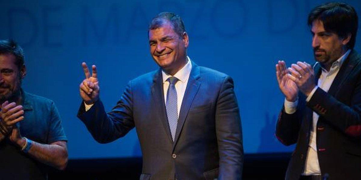 Rafael Correa critica la campaña de desprestigio iniciada en redes sociales