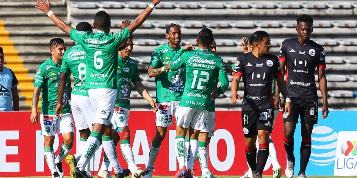 León arrebata liderato a los regios con victoria sobre Lobos