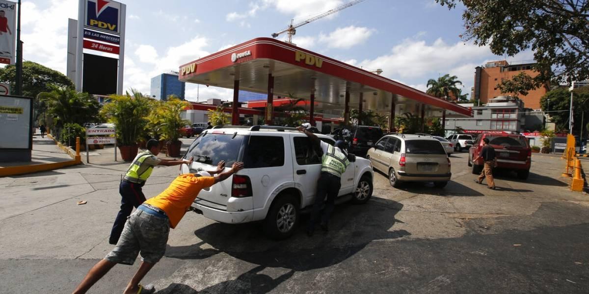 Suman 21 muertos por apagón en Venezuela, según ONG