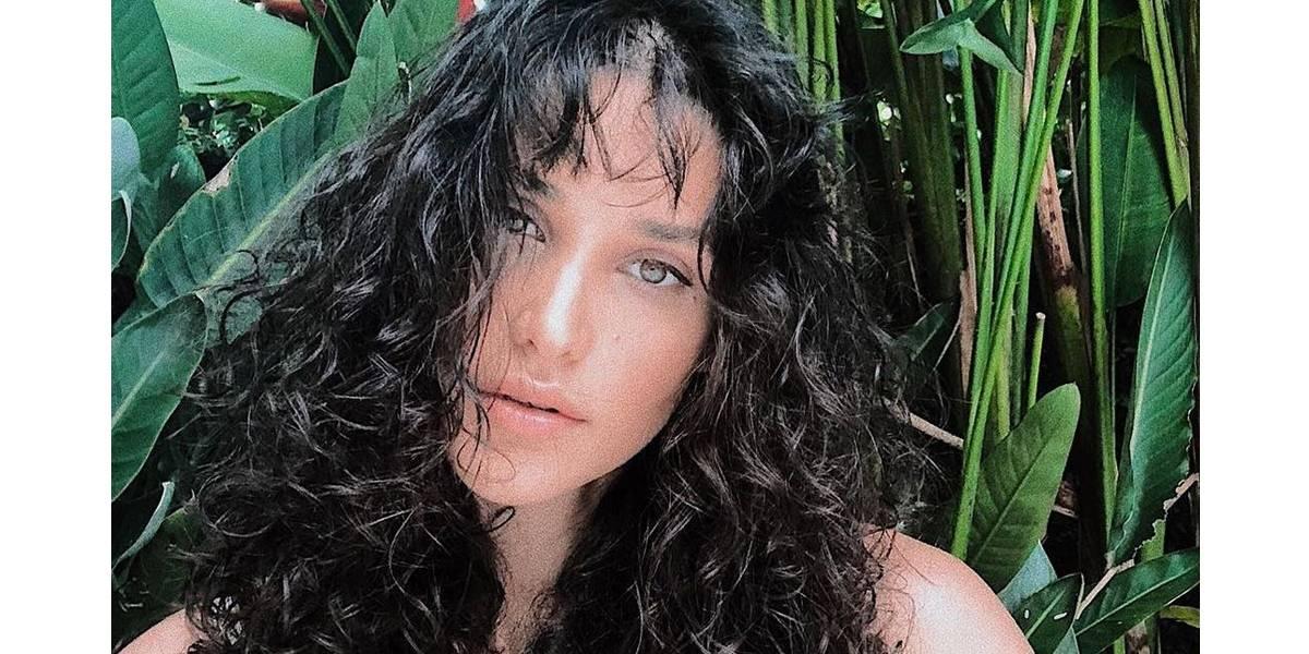 'Mantive silêncio para não expor mais uma mulher', revela Débora Nascimento