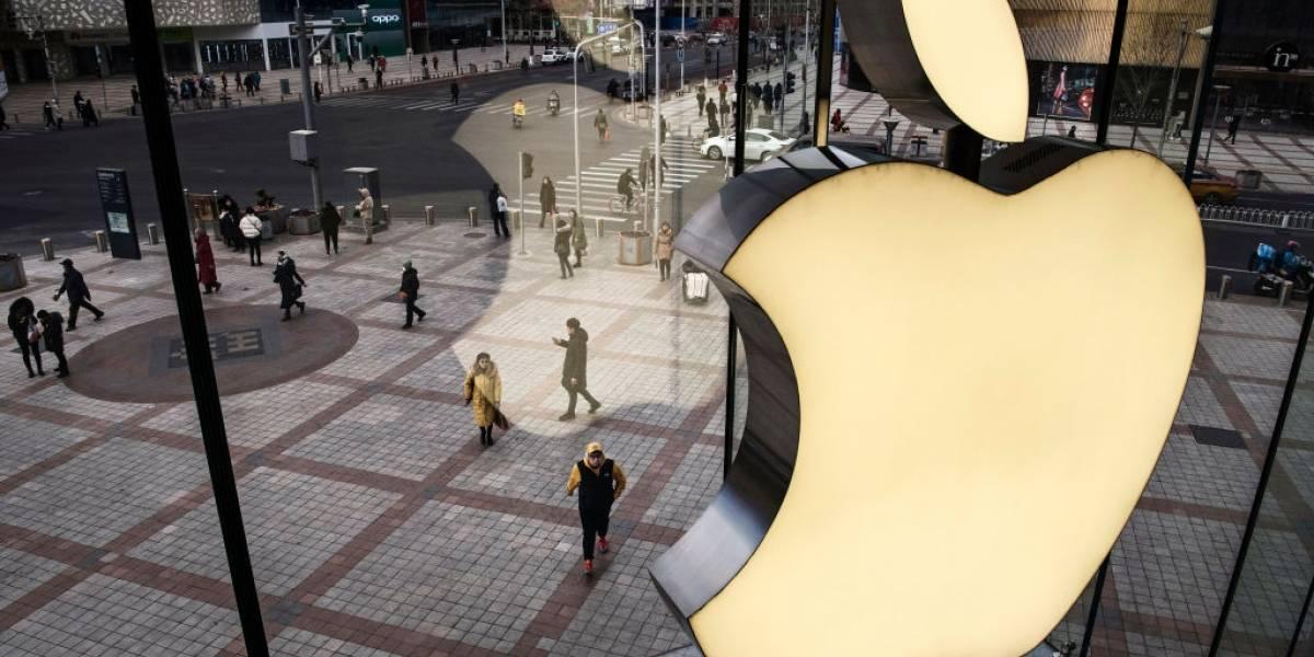 Adolescente demanda a Apple por mil millones de dólares, reclamando que lo arrestaron por su culpa