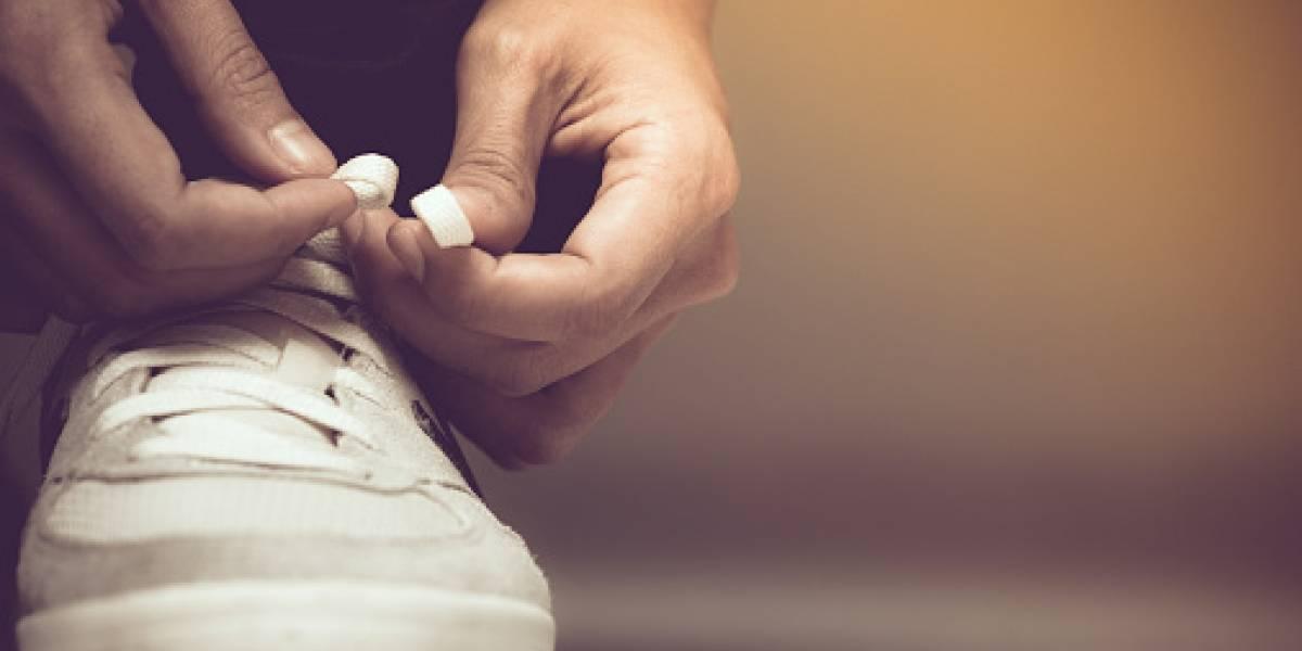 Niña contrae grave infección en su cuerpo luego de medirse unos zapatos
