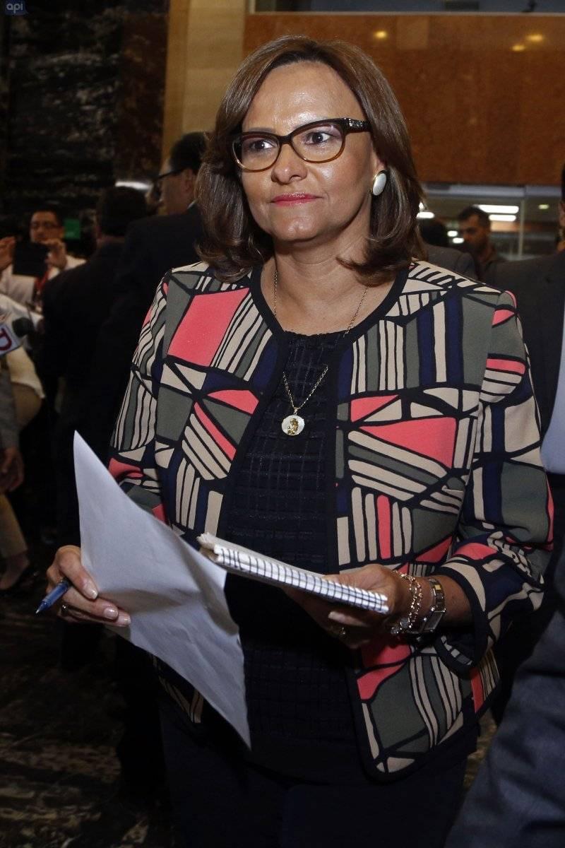 Presidenta de la Asamblea, Elizabeth Cabezas realiza declaraciones sobre audio filtrado.