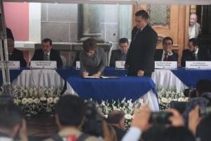 Partidos políticos firman acuerdo de no agresión