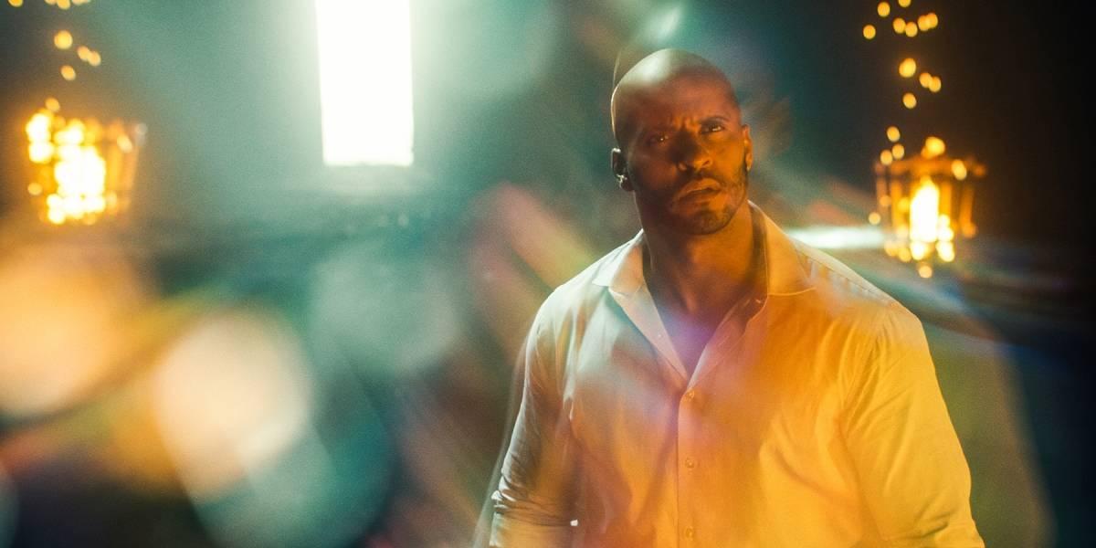 Deuses Americanos: Ricky Whittle conta que segunda temporada traz mudanças em relação ao livro