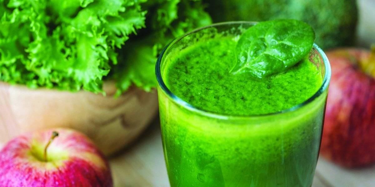 Suco verde com cúrcuma: bebida ajuda a emagrecer e a desintoxicar o organismo; confira a receita
