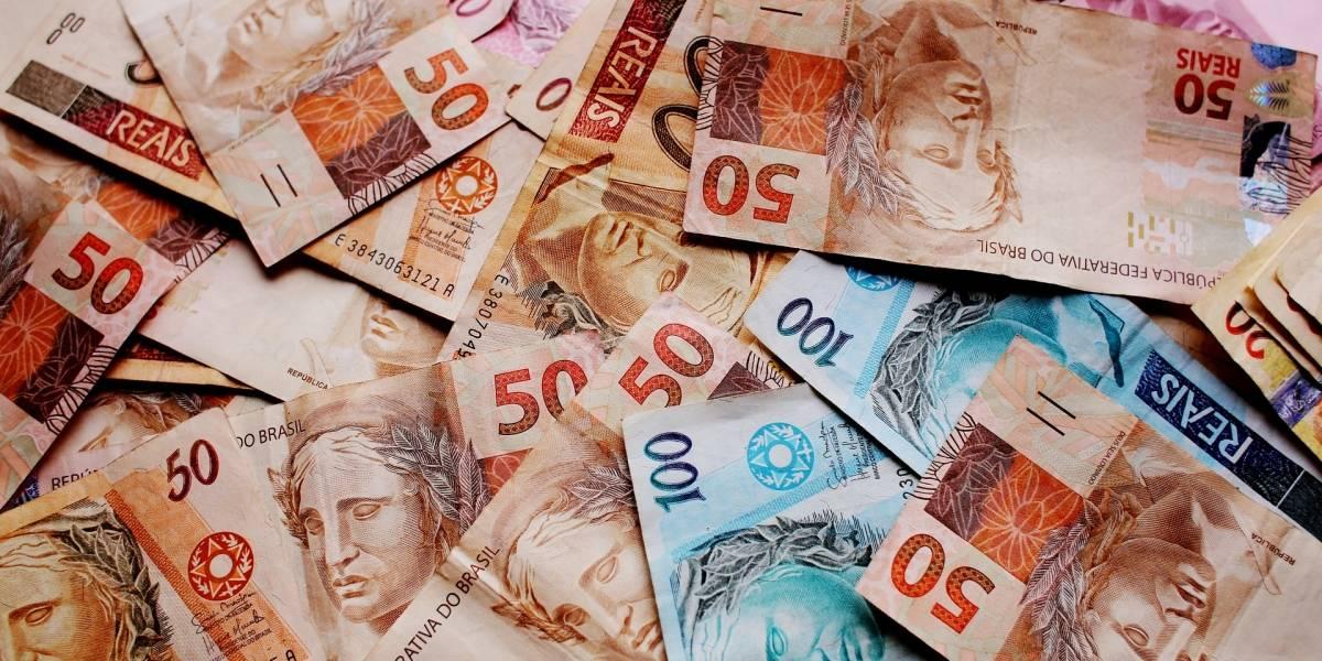 Governo propõe salário mínimo acima dos R$ 1 mil para 2020