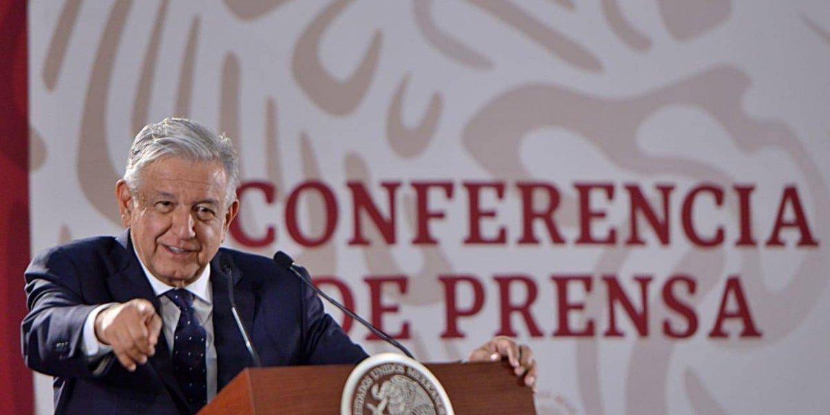 #Política Confidencial AMLO amplía mira contra corrupción en el sector salud