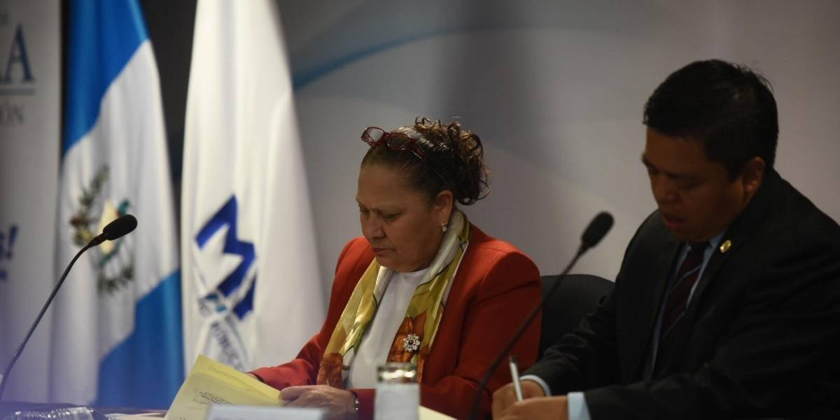 MP y Mineduc firman convenio interinstitucional