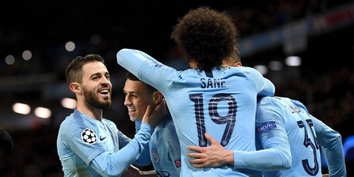 Manchester City cerró la tarea ante Schalke 04 con una contundente goleada y avanzó en la Champions