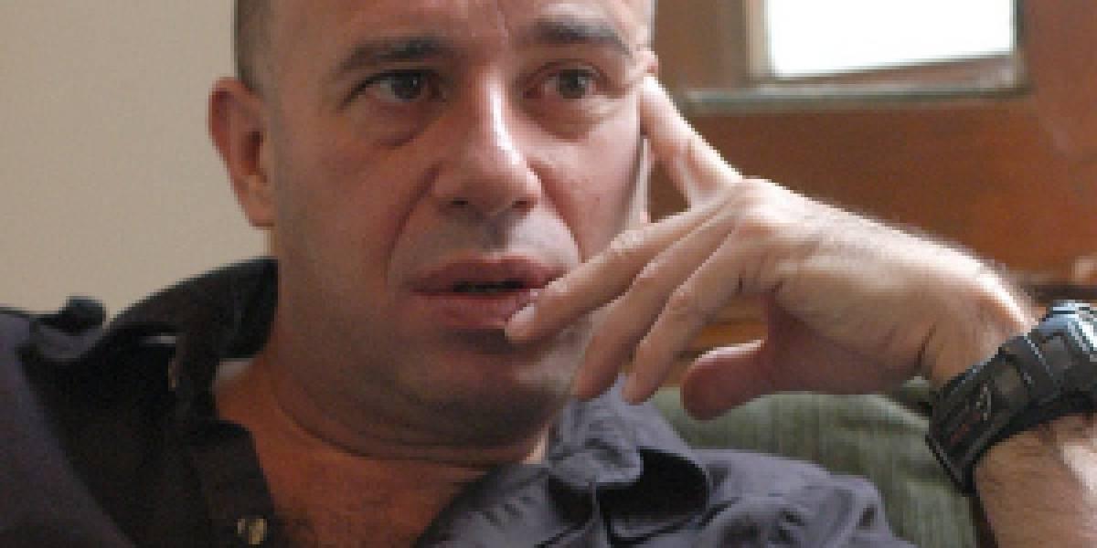 Renuncia de Mario Bellatín al Fonca, a tres meses de asumir el cargo