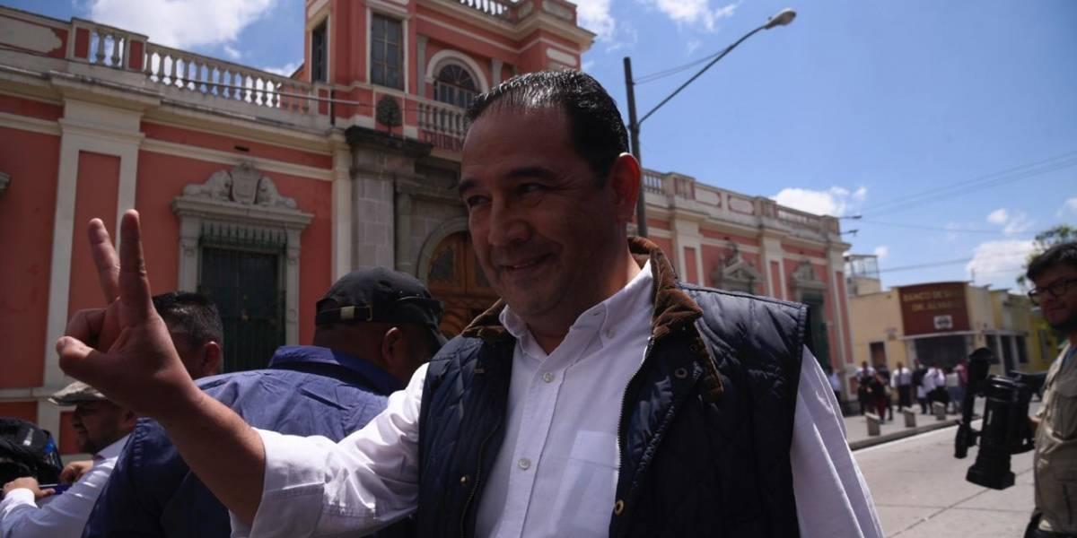 """Samuel Morales asegura que """"grupos"""" buscan que allegados al Presidente no participen por cargos públicos"""
