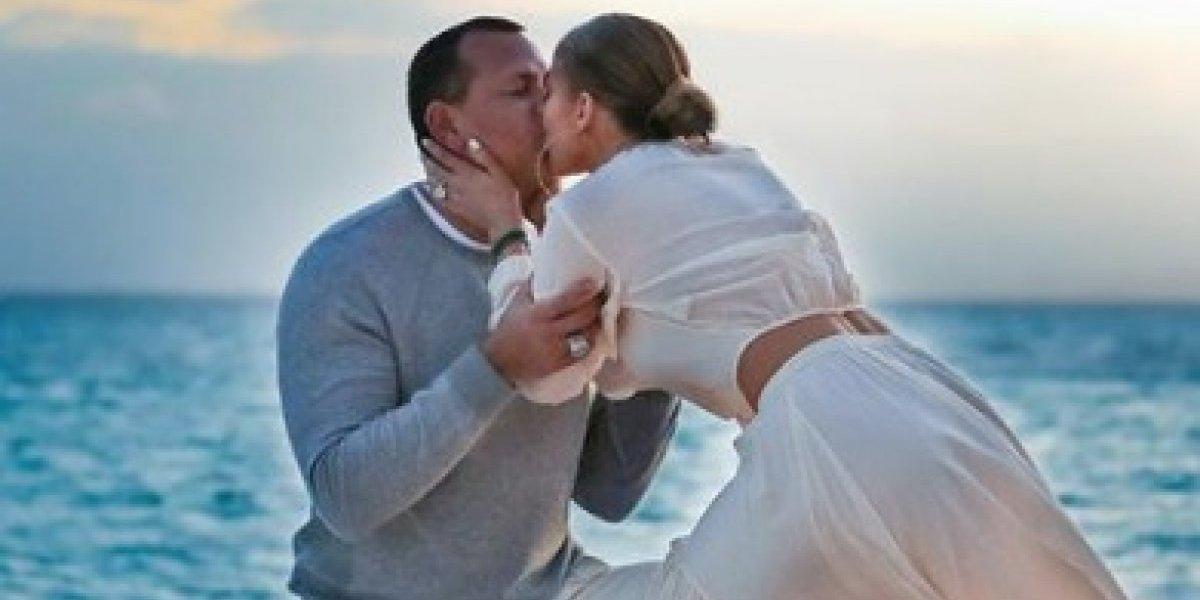 Jennifer López publica espectaculares imágenes de su compromiso con A-Rod