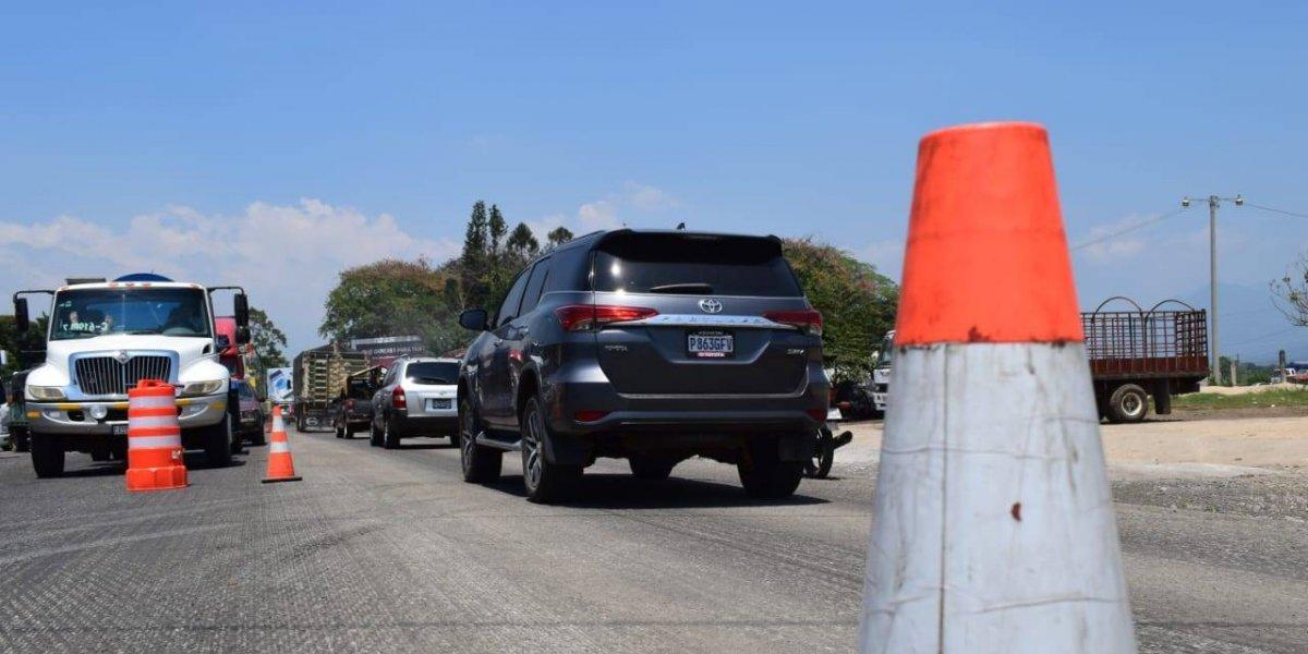 Suchitepéquez: Automovilistas viven caos por trabajos de recapeo