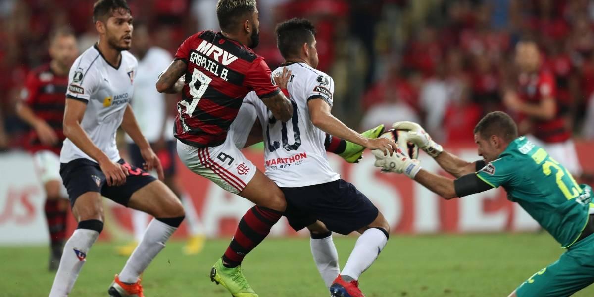 El defensa colombiano que llegó a tres autogoles en Copa Libertadores